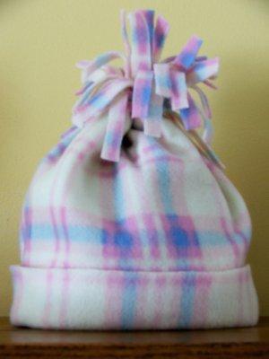 Easy Fleece Hat – Craftbnb