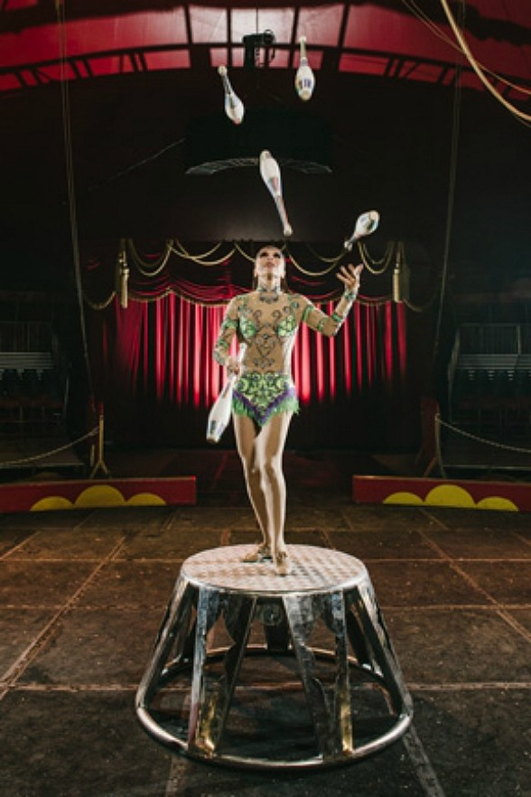 Shrine Circus Juggler