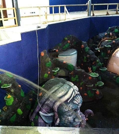 Sea Life Aquarium tank fillin