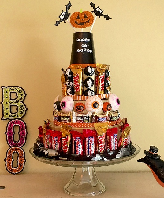 halloween-candy-cake-yum
